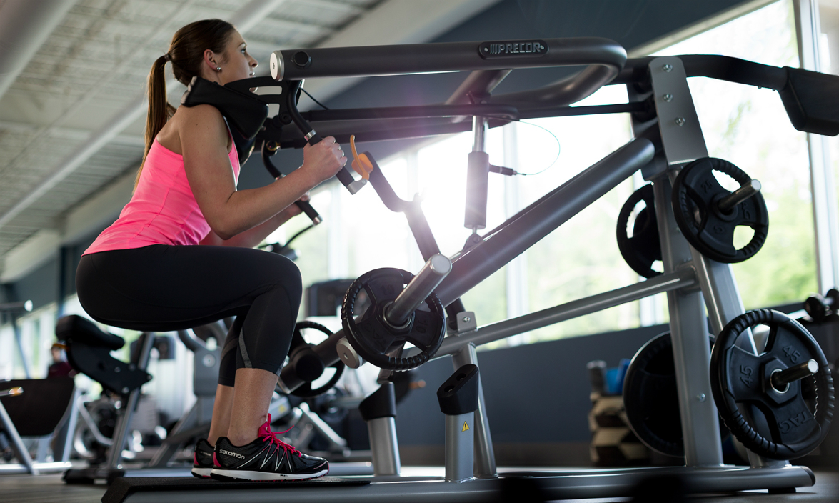 How the Squat Machine Can Help Develop Proper Form