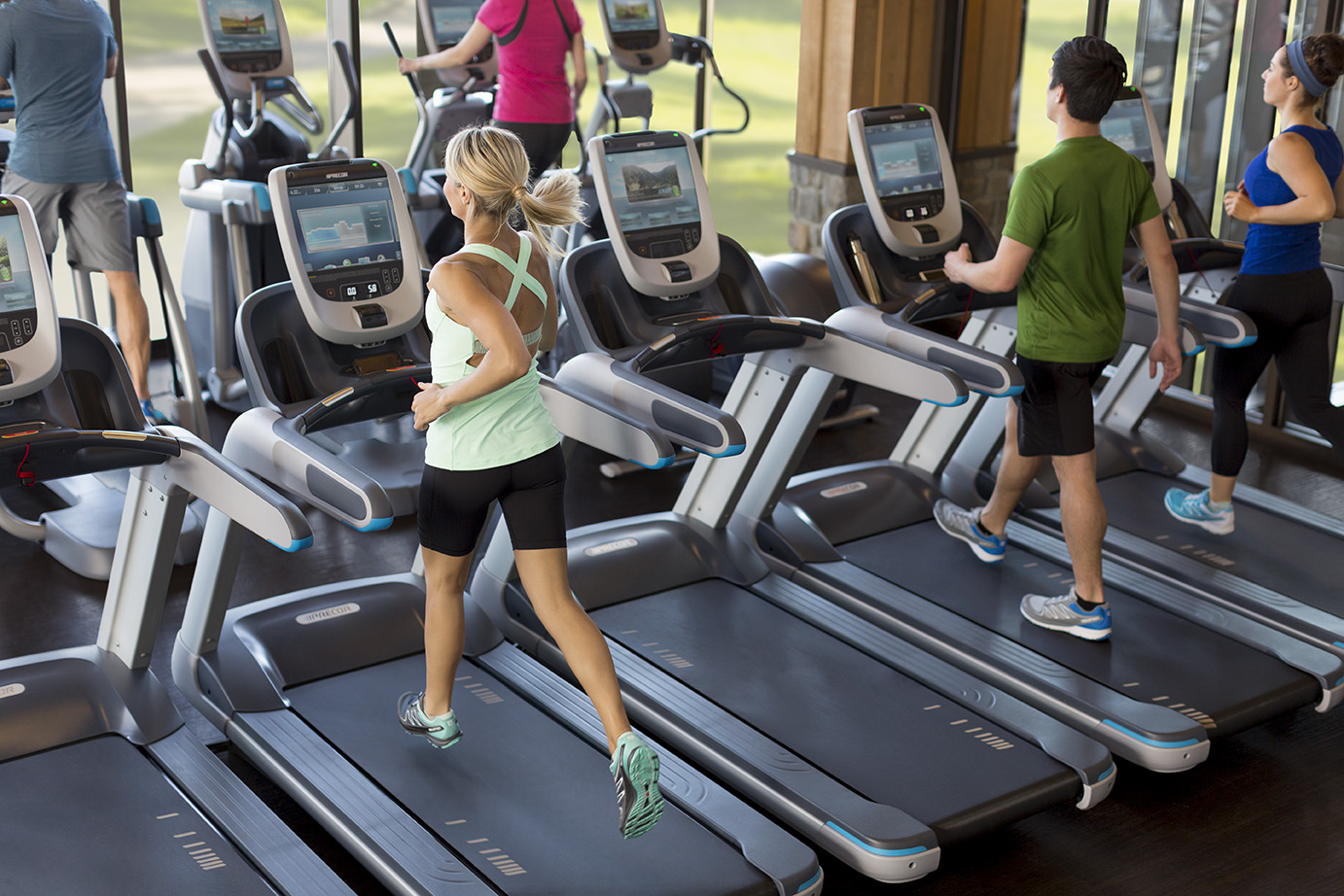 Commercial fitness for Gimnasio fitness club